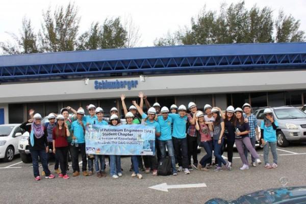 Visit-to-Schlumberger-Brunei-640x427