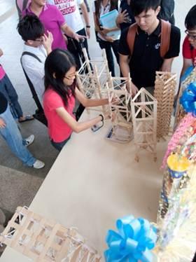 build-break-competition
