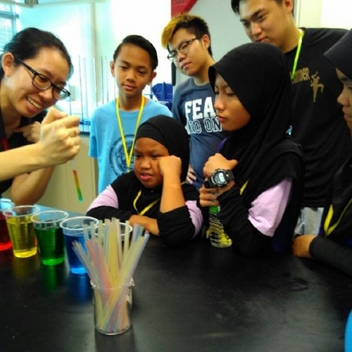 Science Workshop sparks student interest in chemistry and physics